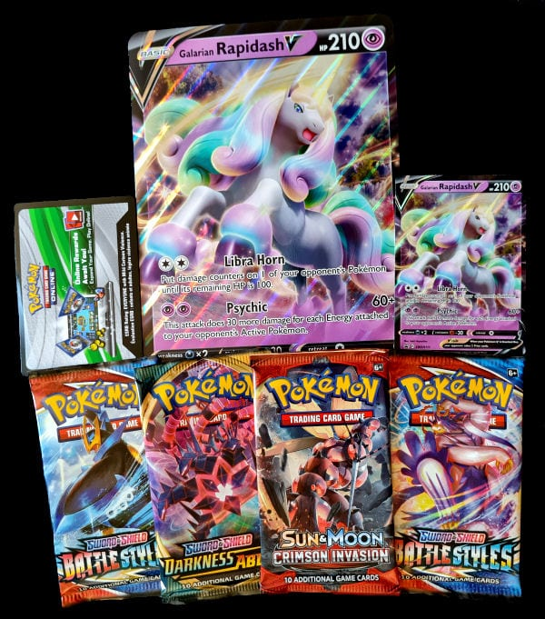 Contents of Rapidash V Collection Box